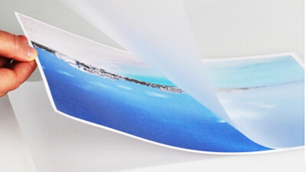 Transparent Adhesive For Glossy Lamination